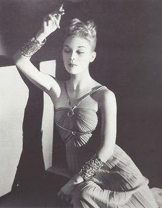 fantomas-en-cavale:    Ludmila Feodoseyeva (aka Lud), 1937