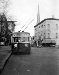 1930s Trackless Trolley, Monument Square, Leominster, MA  Transit Towns: Fitchburg & Leominster | BTeM