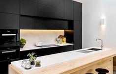 5131 Calacatta Nuvo™ by Caesarstone Black Kitchens, Home Kitchens, Modern Kitchens, Dining Nook, Kitchen Dining, Calacatta Nuvo, Kitchen Island Bench, Custom Made Furniture, Kitchen Layout