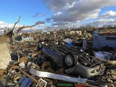 Weather News Update: Tornado in Illinois and Storm over central Atlantic---At least 8 dead from Tornado outbreak: 80 twisters touch down in several states leaving at least eight people dead and unl...