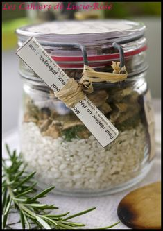 Ceptic risotto with cepes in a jar – Les cahiers de – Christmas Ideas Christmas Jars, Christmas Gifts, Christmas Ideas, Sos Recipe, Soup In A Jar, Gourmet Gifts, Jar Gifts, Diy Kits, Cooking Tips