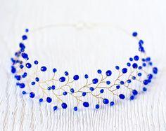 Accesorios para el cabello de baile, corona de cristal dama de honor  En la primera foto cristales de color azul oscuro.  Electricidad tiara cristalina azul, accesorios azules pelo, tiara azul,...