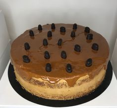 tarta de cafe con moka y avellana Desserts, Food, Homemade Recipe, Homemade, Recipes, Tailgate Desserts, Deserts, Essen, Postres