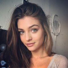 grafika beautiful, beauty, and blue eyes Beautiful Lips, Beautiful Girl Image, Beautiful Women, Sexy Teens, Grunge Hair, Pretty Eyes, Girl Next Door, Best Portraits, Beauty Photography