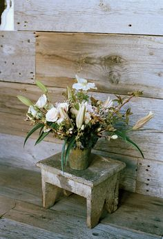 Even deli flowers can be turned into a drop-dead arrangement.