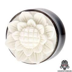 "Kumuda Lotus Organic Horn & Bone Double Flared Plug 2G - 1 3/16"""