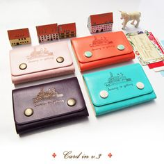 Love this card holder.. :) So cute and nice! Cute details.