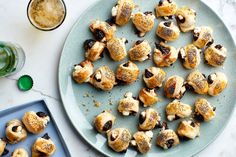 Figs-in-a-Blanket. Spicy, honey-glazed figs are balanced by creamy goat cheese and buttery puff pastry in this fun vegetarian play on pigs-in-a-blanket. Goat Cheese Recipes, Fig Recipes, Cooking Recipes, Pastry Recipes, Quick Recipes, Gourmet Recipes, Tapas, Vegetarian Appetizers, Appetizer Recipes