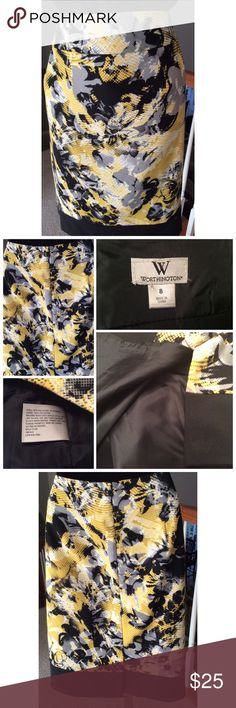 """Worthington Skirt Beautiful lined skirt. Zips in the back with a small slit. Measures 30"""" in the waist and 23 1/2"""" in length. Machine washable. Worthington Skirts Midi"""