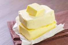 Try to avoid butter because it has a lot of fats that of course are the worst for your body. Healthy Protein Shakes, Homemade Cheese, Sin Gluten, Snack, Copycat Recipes, I Love Food, Mexican Food Recipes, Cooking Recipes, Cooking Tips