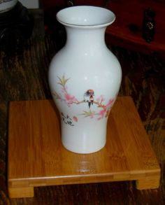 "VINTAGE ASIAN WHITE 6"" TALL BONE CHINA VASE - SIGNED & STAMPED"