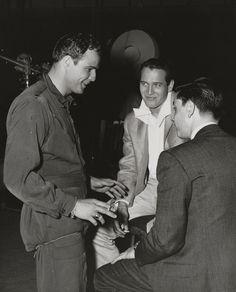 Paul Newman visits M
