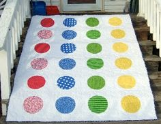 Gen X Quilters - Quilt Inspiration | Quilting Tutorials & Patterns | Connect: Blogger's Quilt Festival: Twister-Inspired Quilt