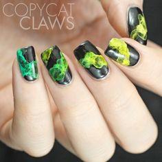 Copycat Claws: Smoky Nail Art