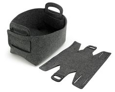 ++++++ Description +++++++ This manual and especial Storage Box/Bag is made from Felt which is durable. You can you're your things methodize and look