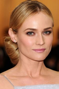 Try a chic oversized bun like Diane Kruger for a simple but glamorous party  hair look 77075ba201