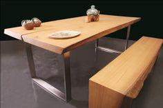 Kestane doğal ahşap yemek masası ve ahşap bank uygulamamız. Farklı doğal mobilya uygulamalarımızı incelemek için sizleri de mağazamıza bekliyoruz