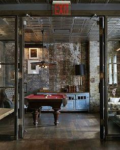 Soho House, em Nova York. #arquitetura #arte #art #artlover #design #architecturelover #instagood #instacool #instadesign #instadaily #projetocompartilhar #shareproject #davidguerra #arquiteturadavidguerra #arquiteturaedesign #instabestu #decor #architect #criative #interiores #estilos #combinações #sohohouse #newyork