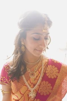 Traditional Hindu Wedding with a Modern Twist from Trent Bailey Photography South Indian Weddings, South Asian Wedding, South Indian Bride, Wedding Trends, Wedding Designs, Wedding Styles, Wedding Ideas, Wedding Sari, Indian Wedding Outfits