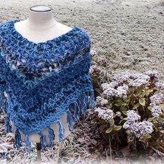 Winter poncho #blueyarn #wool  #crochet #crochetponcho #winterflower #MianVirkkuut #virkattuponcho #tilaustyö #madetoorder #talvikukkia