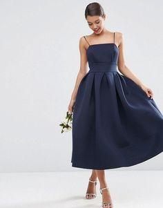 20 Φορεματα για να φορέσεις σε ένα Χριστουγεννιατικο Γάμο