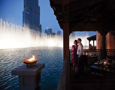 Dubai mall..world's largest dancing water fountains..awesome!!