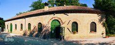 Antica Cantina Sant Amico. Cantina storica costruita nel 1850. Vendita diretta di vini pregiati e location per eventi.