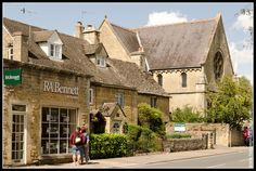 Cotswolds:  Bourton on the Water Inglaterra