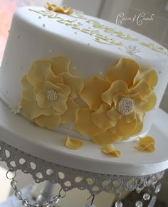 Yellow corsage cake by Cotton and Crumbs, via Flickr