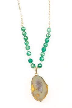 Agate and Onyx Necklace.
