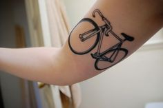 want bike tat. can't decide what/where but I KNOW I WANT DAT TAT.