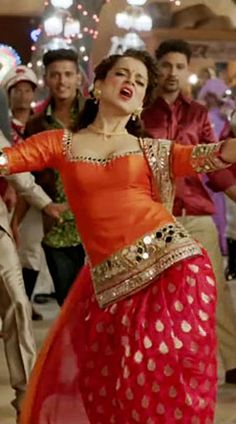 Shop now this mirror work orange And red kangana ranaut replica patiala suit from the movie tanu weds manu returns in the song mein ghani bawari ho gayi. Latest Punjabi Suits Design, Designer Punjabi Suits, Indian Designer Outfits, Kurta Designs, Blouse Designs, Dress Designs, Mirror Work Kurti Design, Mirror Work Dress, Patiyala Dress