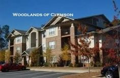 Great second floor unit available at the Woodlands!