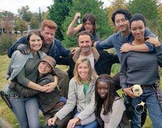 The Walking Dead Cast Walking Dead Show, Walking Dead Funny, Walking Dead Season, Fear The Walking Dead, Norman Reedus, Steven Yeun, Melissa Mcbride, Judith Grimes, Rick Grimes