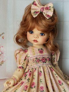 Pretty Dolls, Cute Dolls, Beautiful Dolls, Space Theme Preschool, Hello Dolly, Vintage Dolls, Teddy Bears, Fashion Dolls, Baby Dolls