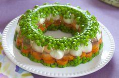 Galaretka warzywna z jajkami przepiórek