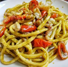 Scialatielli with cherry tomatoes, Genoese pesto, squid and prawns (What am I cooking today? Recipes with photos, all the recipes in my kitchen - Calamari Squid Dishes, Kitchen Recipes, Cooking Recipes, Pasta Al Pesto, Special Recipes, Recipe Today, International Recipes, Cherry Tomatoes, Food Photo