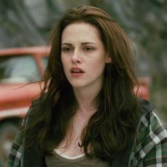 Discover recipes, home ideas, style inspiration and other ideas to try. Die Twilight Saga, Twilight New Moon, Twilight Series, Twilight Movie, Twilight Saga Quotes, Kristen Stewart Blond, Kristen Stewart Twilight, Kirsten Stewart, Robert Pattinson