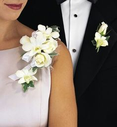 Beautiful pin corsage for important ladies