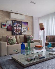 Casa da linda @palomabernardi com nossa #urbanartswall feita pelos queridos arquitetos parceiros da @betaarquitetura ❤️.