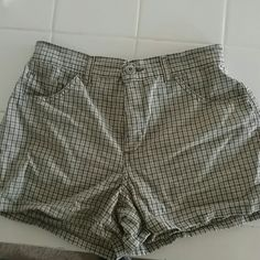 Plaid Shorts Design shown in pic,#3 4 pkts EXCELLENT CONDITION like NEW Canyon River Blues Shorts