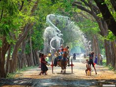 Threeland Travel: Vietnam tour package & tailor-made holiday in Vietnam, Cambodia, Laos, Myanmar Theravada Buddhism, Myanmar Travel, Vietnam Tours, Inle Lake, The Beautiful Country, Travel Goals, Travel Guides, Travel Tips, Travel Destinations