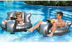 Motorized bumper boats for your pool