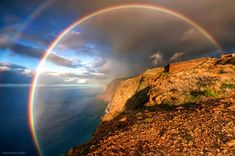 25 of the Worlds Most Beautiful Rainbow photography examples | Read full article: http://webneel.com/beautiful-rainbow-photography | more http://webneel.com/nature | Follow us www.pinterest.com/webneel