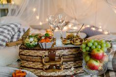 Tipps für ein kuscheliges Indoor-Picknick und Blitz- Rezepte Indoor Picnic, Blitz, Table Decorations, Furniture, Home Decor, Autumn, Ad Home, Tips, Nice Asses