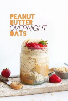 Delicious peanut butter overnight oatmeal! All you need is almond milk, chia seeds, peanut butter, banana, and oats for a simple but healthy breakfast.