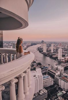 Lebua State Tower, Bangkok Bangkok's premier pool and sports bar. Bangkok Travel Guide, Thailand Travel, Asia Travel, Laos Travel, Beach Travel, Wanderlust Travel, Phi Phi Island, Places To Travel, Travel Destinations
