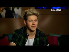 ▶ One-on-One With Niall Horan... awwwhh the way he talks about girls..... and he's just so frickin adorable :)
