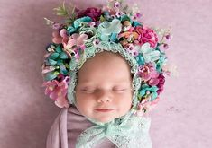 🌸👸📸 #flowerbonnet  @clarisiaurucuphotography 😘 #newborn #newbornshoot #flowerbonnets #newbornphotography #newbornphotographer… Newborn Shoot, Newborn Photographer, Photo Props, Flowers, Pictures, Diy, Photography, Instagram, Baby Things