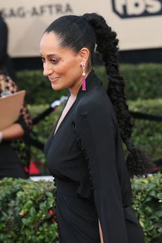 Hair Styles 2018 Tracee Ellis Ross Slicked-Back Ponytail Discovred by : Byrdie Beauty Teen Hairstyles, Celebrity Hairstyles, Ponytail Hairstyles, Black Women Hairstyles, Hair Ponytail, Hairstyles Videos, American Hairstyles, Hairdos, Weave Hairstyles
